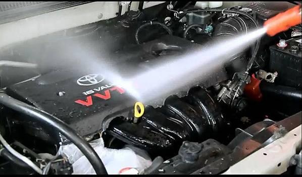 فروش فرمولاسیون مایع جهت شست و شوی موتور، مخصوص کارواش