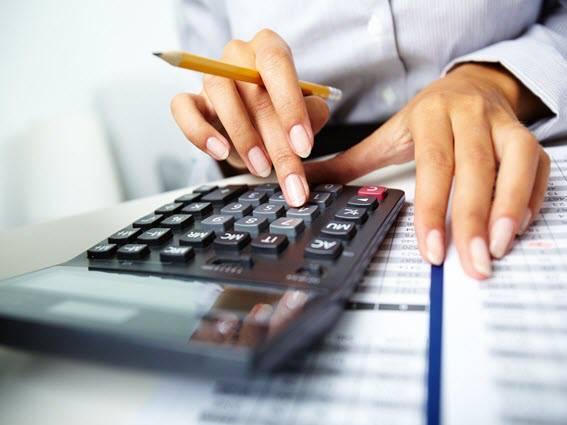 دانلود پایان نامه ارشد بررسی رابطه بین وجوه نقد ناشی از فعالیت های تامین مالی و بازده سهام در بورس