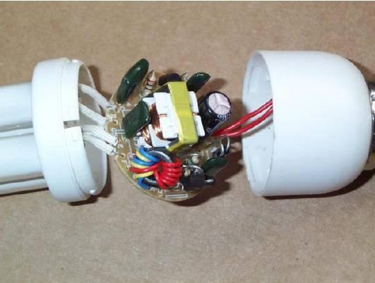 دانلود جزوه آموزش تعمیر لامپ های کم مصرف به صورت مصور